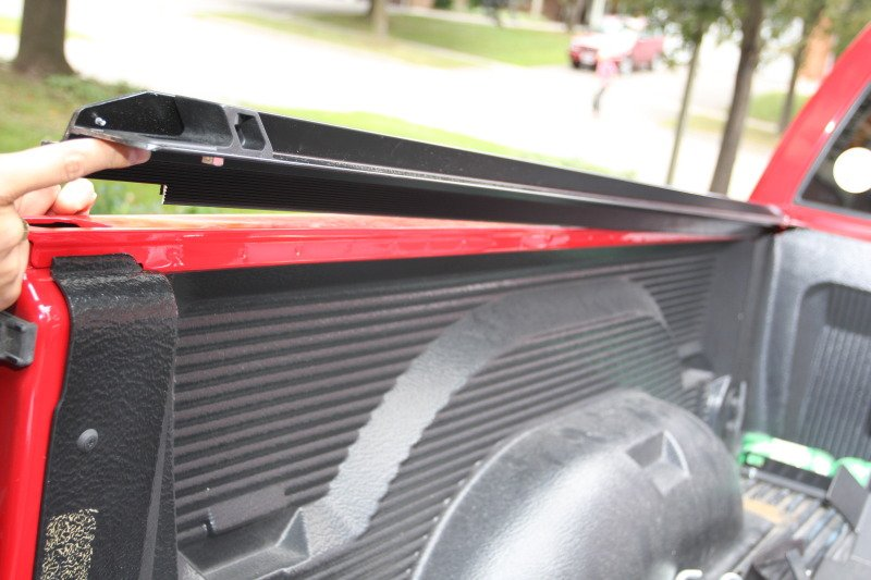 How to Install a Tonneau Cover on Your Pickup Truck?