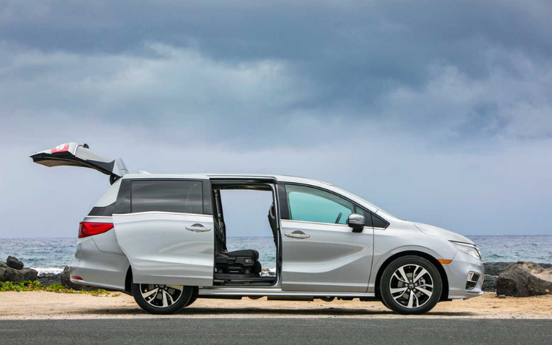 which minivans have stow and go seating