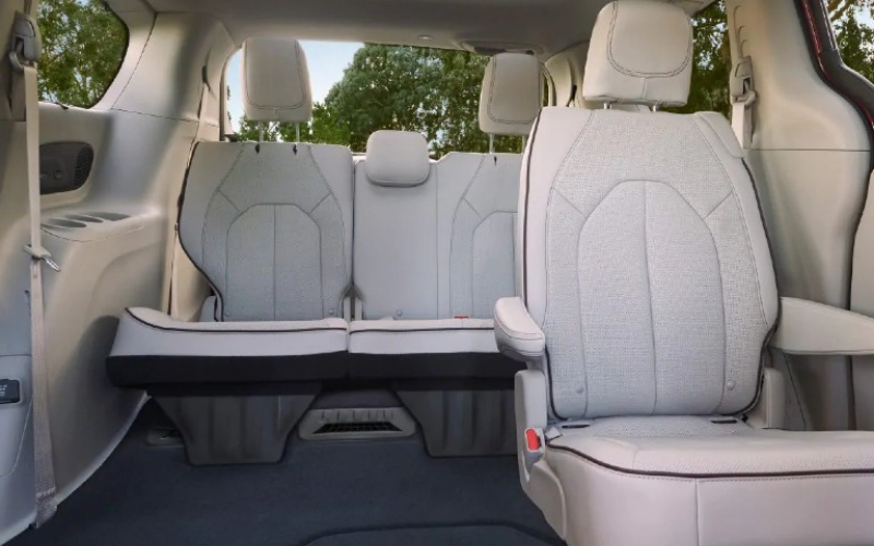which the minivan have stow and go seating