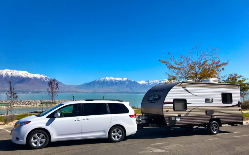 can you tow a camper with a toyota sienna