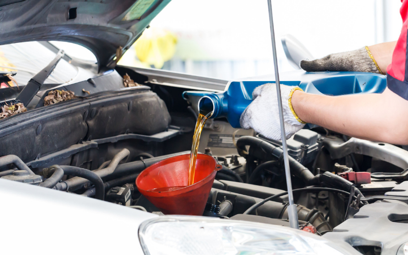 how much should the oil change cost